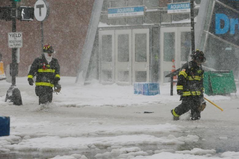 Badai Dahsyat di Boston 'Lumpuhkan' Timur Utara AS