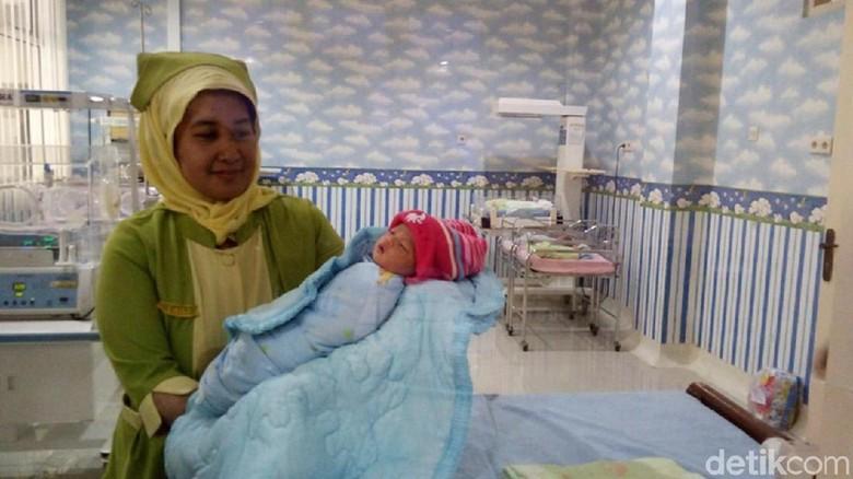 2 Bayi Dibuang di Semarang Akhirnya Diasuh Warga Bekasi dan Ungaran