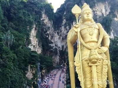 Wisata Religi Ikonik di Malaysia: Batu Caves