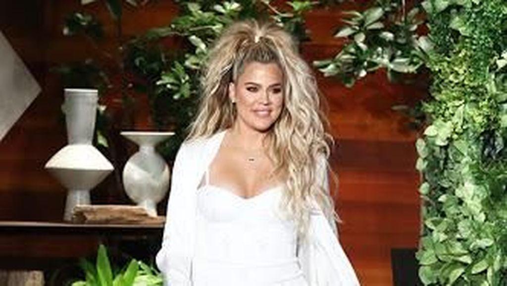Khloe Kardashian Ungkap Jenis Kelamin Calon Bayi Pertamanya
