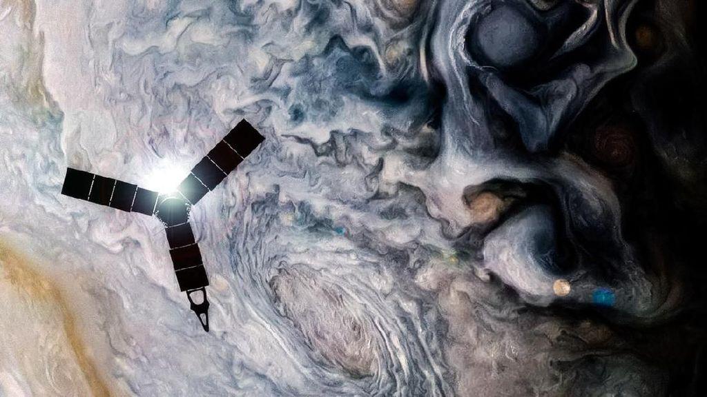Pesawat Antariksa Juno Pamerkan Keindahan Jupiter