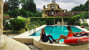 Image result for Rumah orang kaya dan ayatullah di Iran