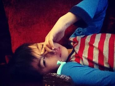 Ini waktu Eddy ulang tahun ke-7. (Foto: Instagram/maudykoesnaedi)