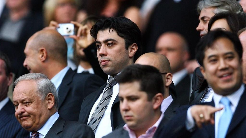Mengenal Kia Joorabchian, Dalang di Balik Transfer Coutinho ke Barca