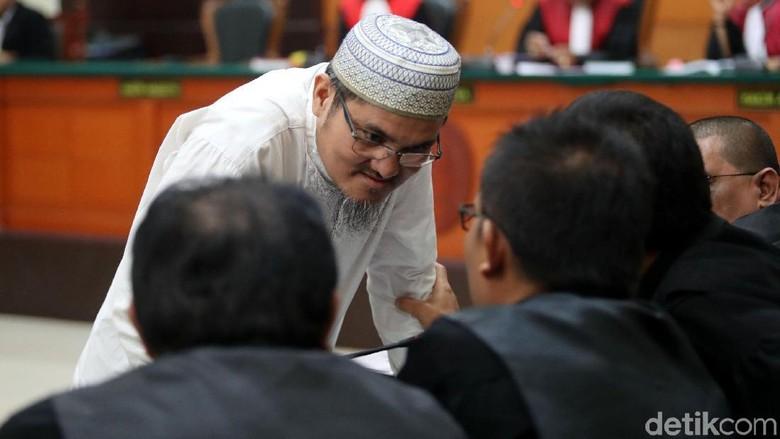 Sidang Dakwaan Jonru, Pengacara Nilai Jaksa Amburadul Terapkan UU