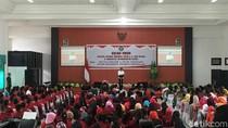 Di Depan Bara JP, Jokowi: Meskipun Bu Susi Perempuan, tapi Seram