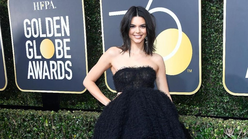 Tampil Pertama Kali di Golden Globe, Kendall Jenner Malah Dibully