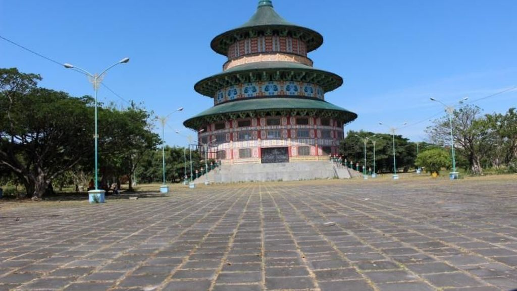 Bukan di China, Ini Pagoda di Surabaya
