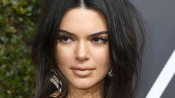 Kendall Jenner Jadi Sorotan Gara-gara Jerawatan di Wajah