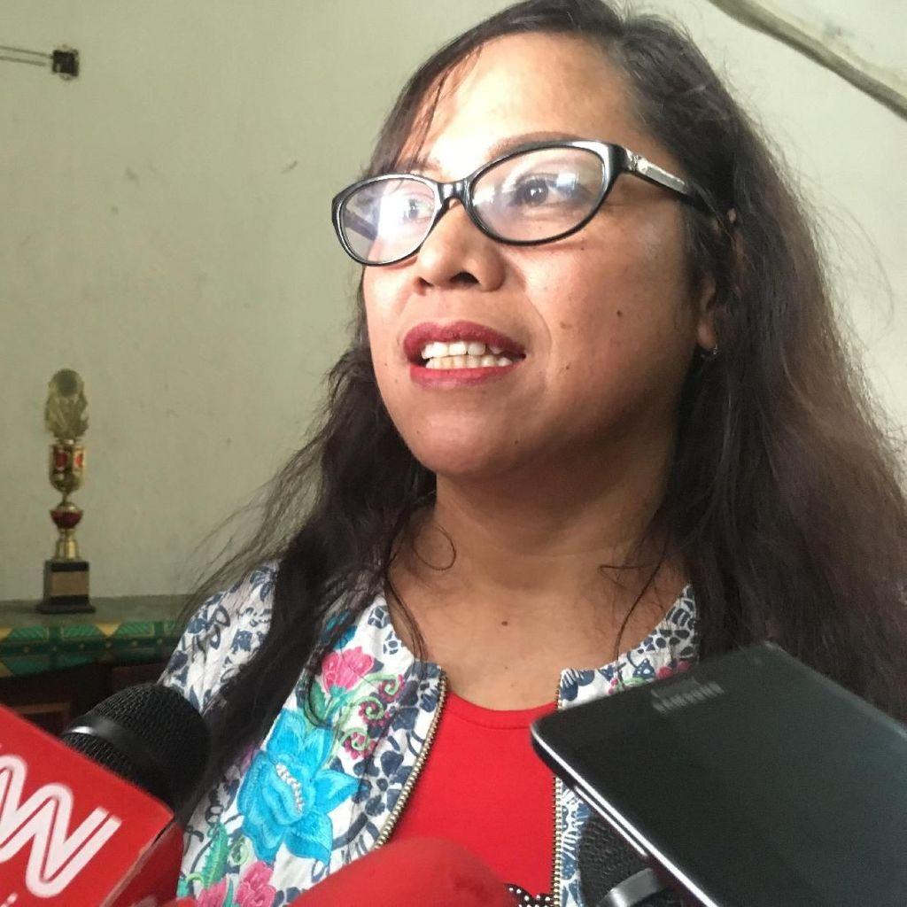 Ahok Tak Bahas Kebijakan Anies, Lebih Banyak Balas Surat di Penjara