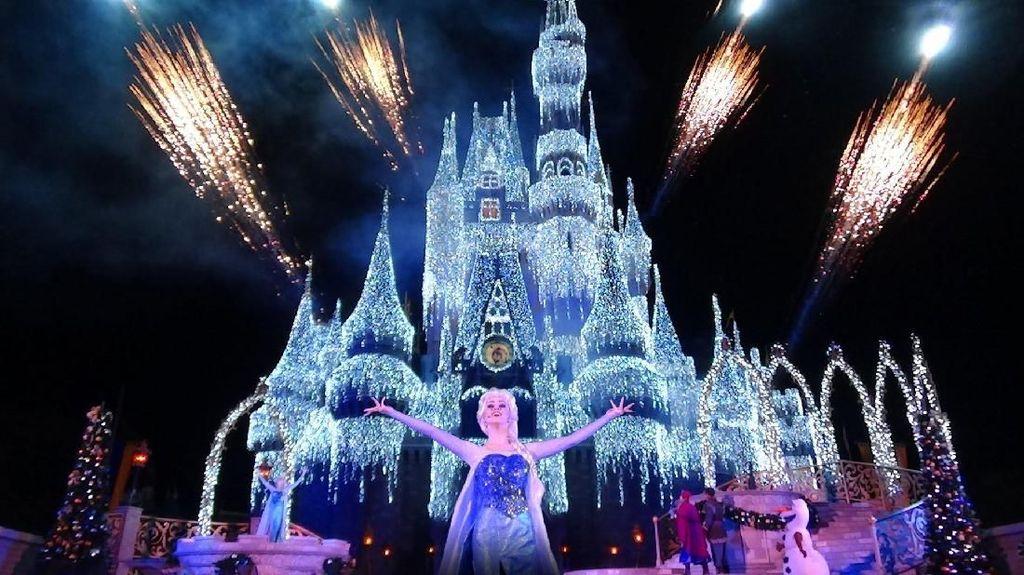 Let It Go! Sekarang Ada Dunia Frozen di Disneyland