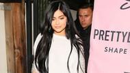 Ini Foto-foto Seandainya Kylie Jenner Pamer Perut Hamil