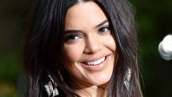 Intip Cara Kendall Jenner Dandan Cantik Hanya 5 Menit