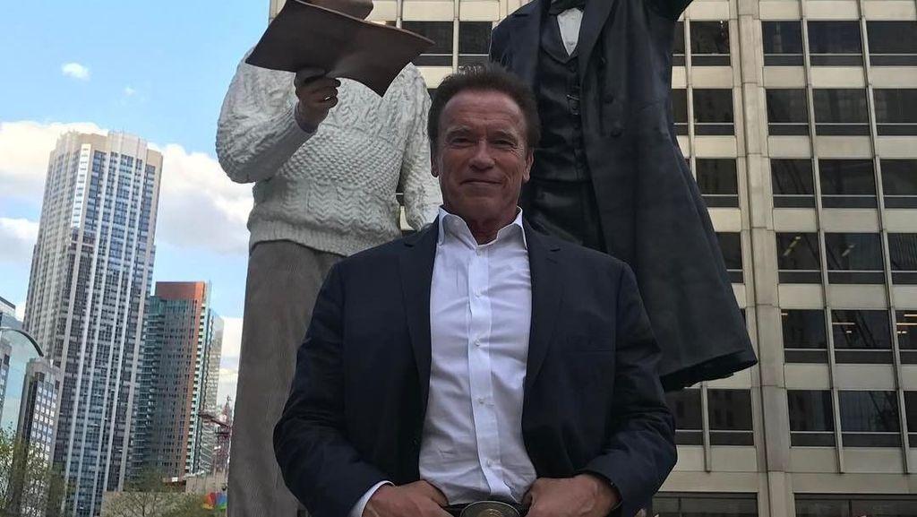 Bahkan Sebugar Arnold Schwarzenegger Tetap Kena Masalah Jantung