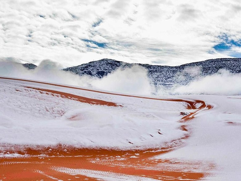 Salju Turun di Sahara, Seperti Doa Anggun yang Terkabul