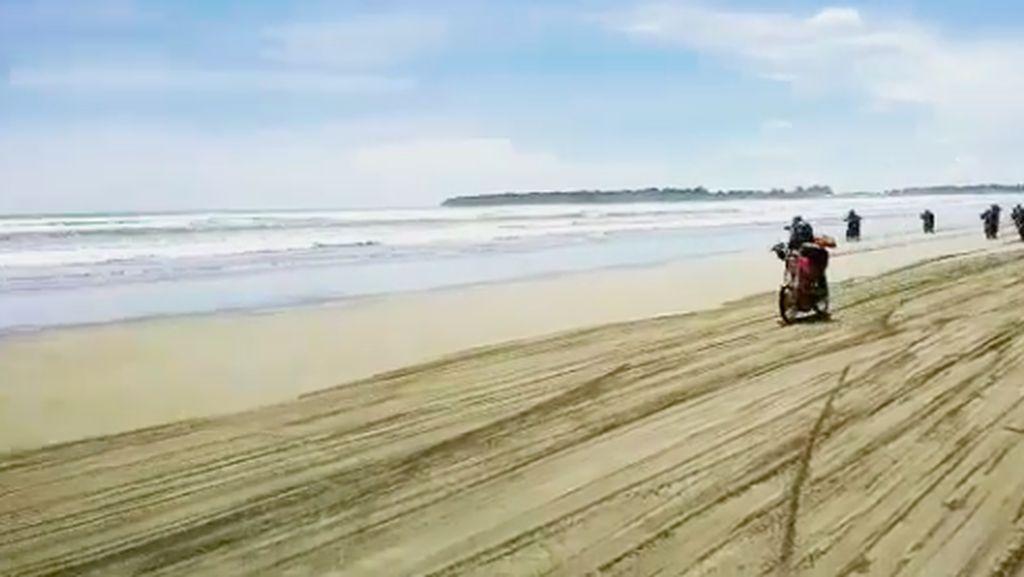 Seru, Balapan di Bibir Pantai Ujung Genteng