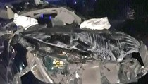 Kecelakaan di Semanggi, Sebuah Mobil Ringsek