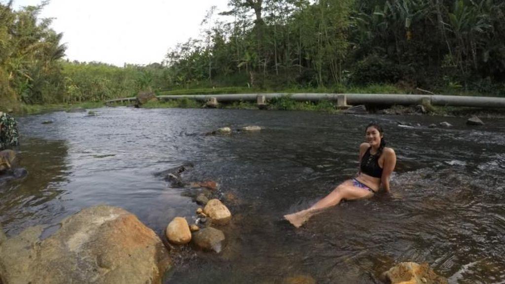 Sungai di Probolinggo Ini Punya Dua Mata Air