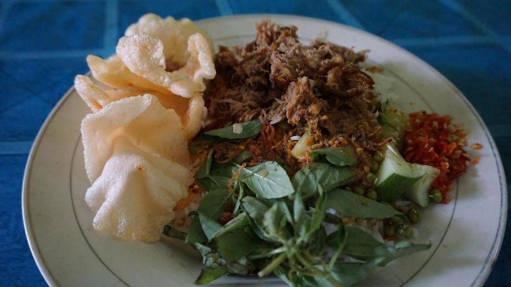 Nasi Ulam & Nasi Uduk Ibu Yoyo : Nyang Ini Racikan Nasi Autentik Betawi!