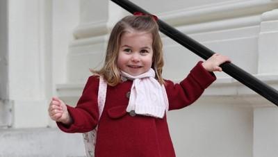 Di Hari Pertama Masuk Play Group, Putri Charlotte Happy Banget