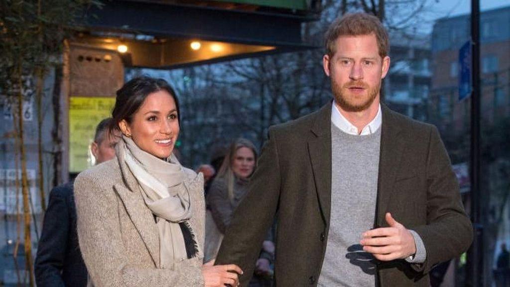 Foto: Meghan Markle dan Pangeran Harry Pamer Kemesraan Lagi di Depan Publik