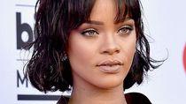 Produk Makeup Rihanna Vs Kylie Jenner, Punya Siapa yang Paling Laku?