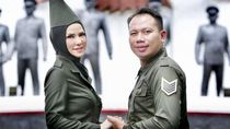 Dari Helikopter ke Kapal Pesiar, Persembahan Cinta Vicky Prasetyo ke Angel Lelga