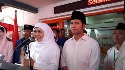 Resmi Mendaftar ke KPU, Khofifah-Emil Belum Terima Tanda Pendaftaran