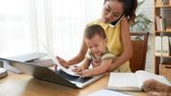 Bekerja Sekaligus Urus Anak Memang Nggak Mudah, Semangat, Bun