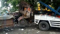 2 Tewas Akibat Truk Hajar Mobil, Motor dan 4 Warung di Semarang
