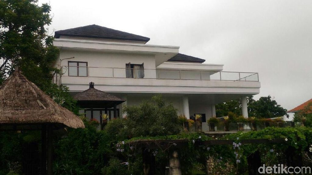 Penampakan Rumah Mewah yang Digerebek Polisi Terkait Cyber Fraud