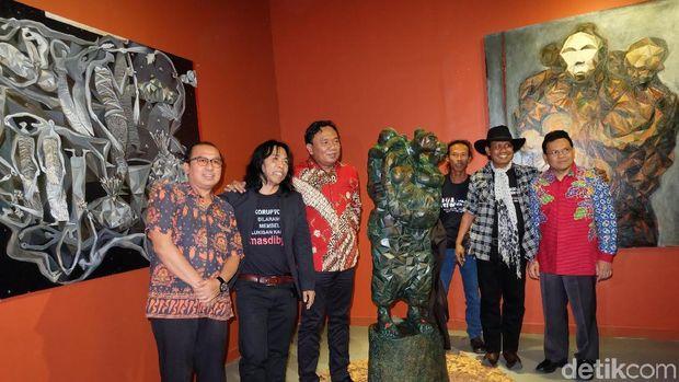 Kolaborasi Ketiga Kalinya Masdibyo dan Gigih Wiyono di Pameran 'Dua Kutub'