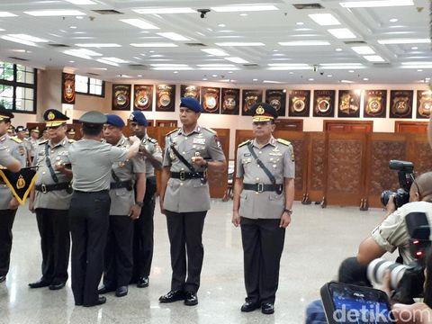 Upacara serah terima jabatan Dankor Brimob dan Kapolda Kalimantan Timur dipimpin Kapolri Jenderal Tito Karnavian, Kamis (11/1/2018)