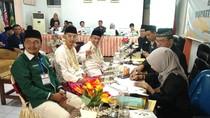 Diusung PKB-NasDem, Qomar Dampingi Lutfi Daftar Pilbub Cirebon