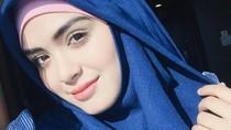 Bikin Polling di Instagram, Vebby Palwinta akan Jual Baju Nyentrik
