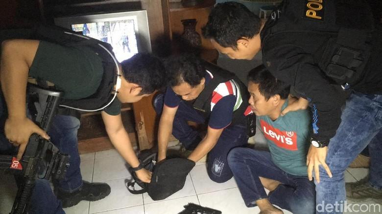 Perampok yang Sekap Pemilik Rumah di Villa Kedoya Ditangkap