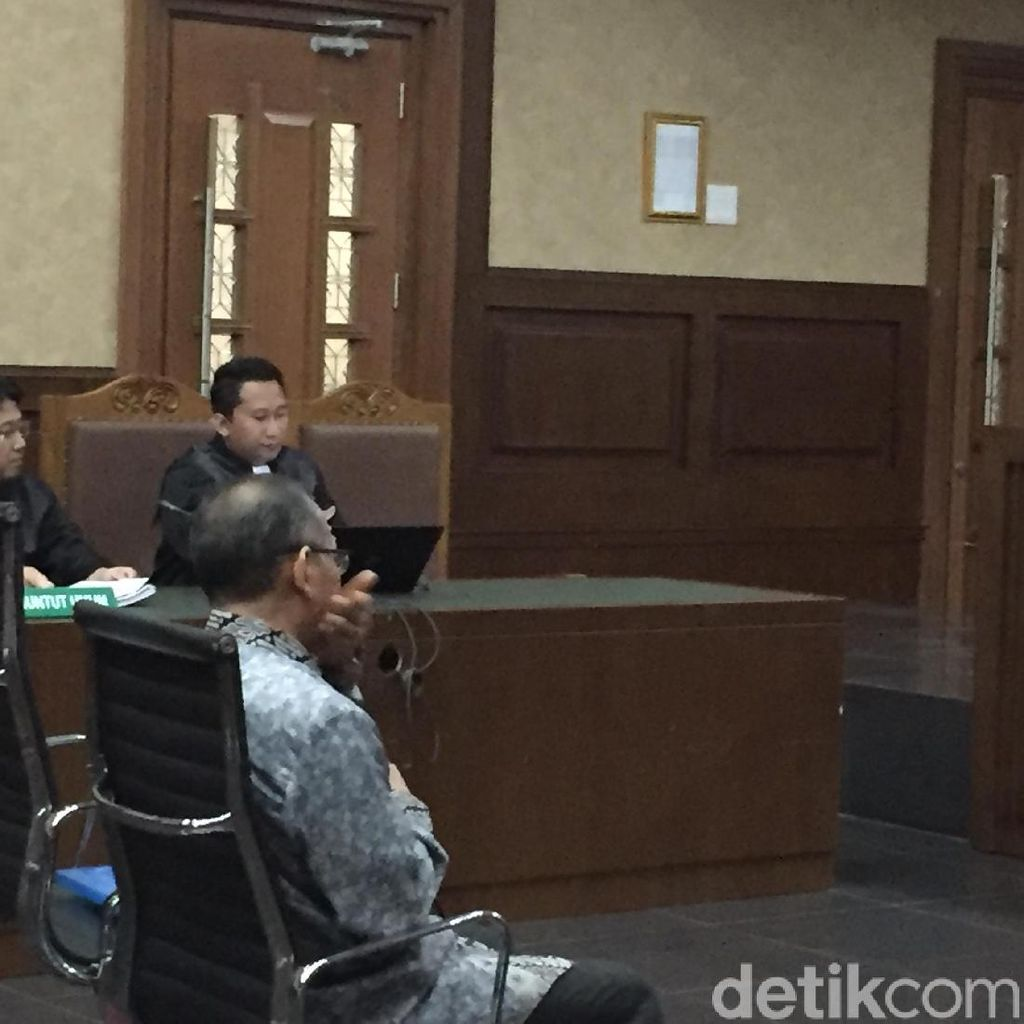 Penyuap Panitera PN Jaksel Jalani Sidang Vonis