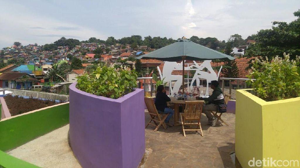 Foto: Spot Asyik Buat Selfie di Kampung Pelangi Semarang