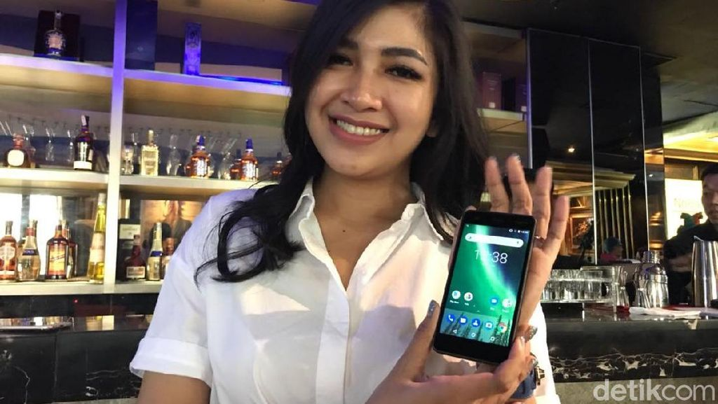Penampakan Nokia 2: Smartphone Murah, Kuat 2 Hari