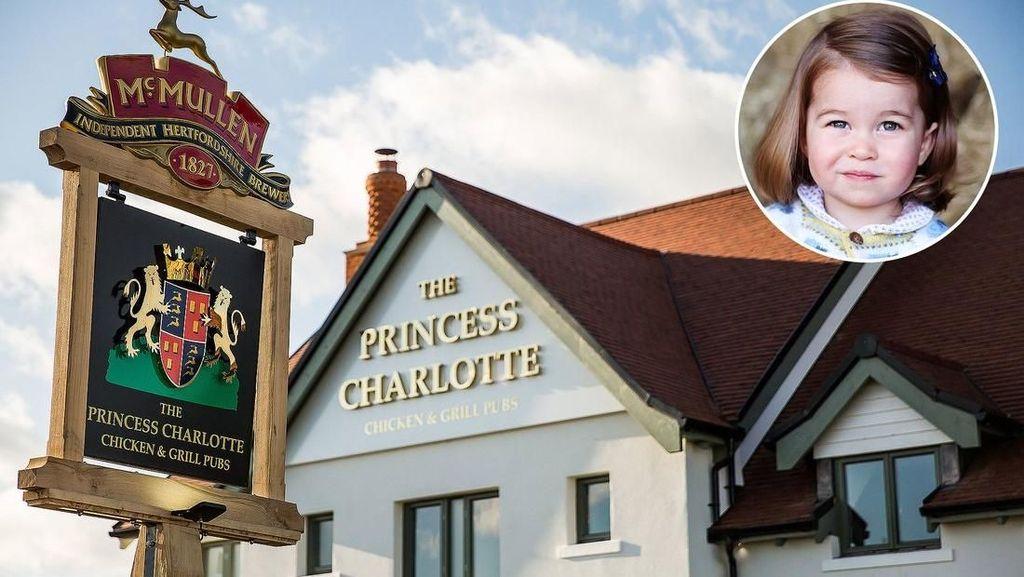 Bar yang Menyandang Nama Putri Charlotte Ini Sukses Memikat Pengunjung