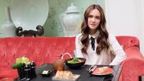Ini 10 Foto Shandy Aulia sedang Mencicip Makanan di Maroko Hingga Paris