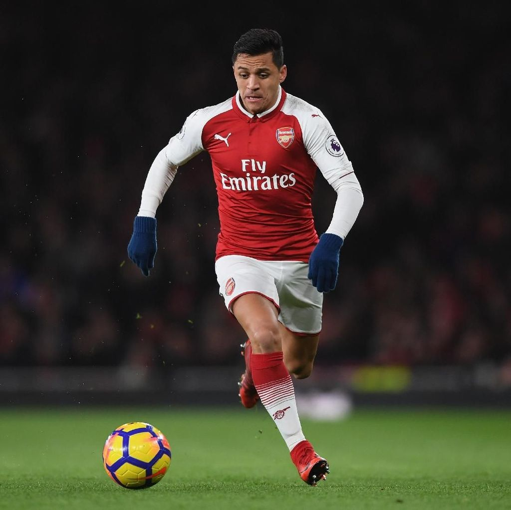 Menurut Carragher, Ini Alasan Mourinho Inginkan Alexis Sanchez