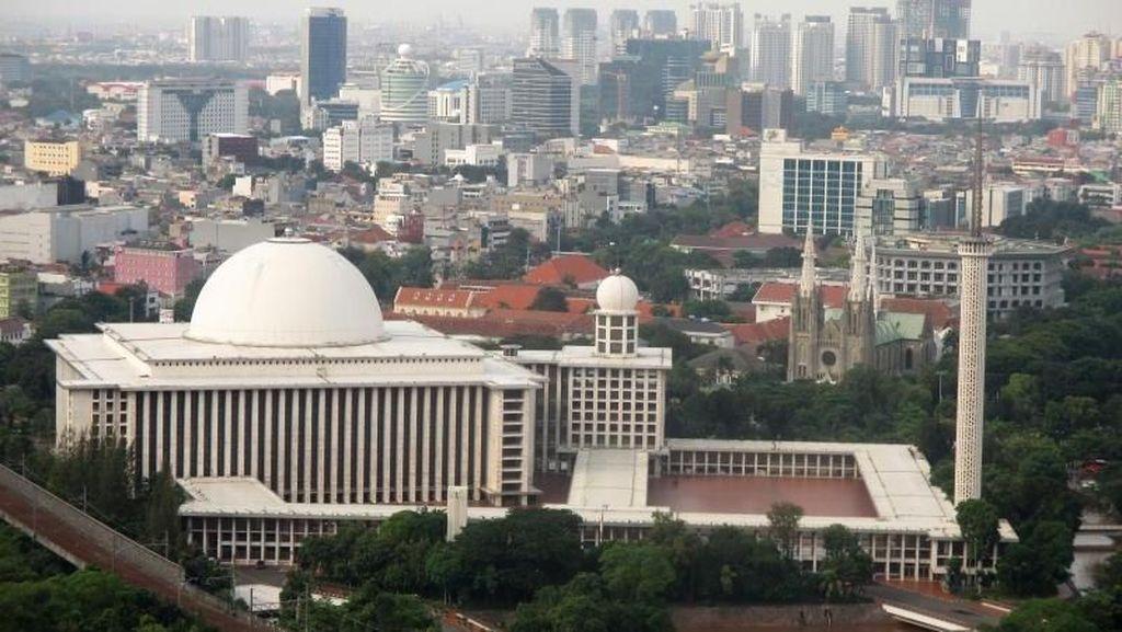 Masjid Megah Kebanggaan Indonesia