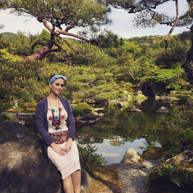 Beragam tempat telah dikunjungi oleh Katy Perry diberagam belahan dunia. (katyperry/ Instagram)