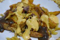 Bros in The Box: Gurih Mantap! Mushroom Burger dan Poutine Berleleh Keju
