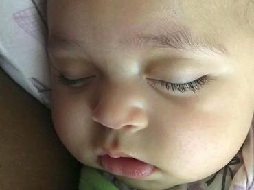 Lucunya Olympia ketika tertidur lelap. (Foto: Instagram/ @olympiaohanian)
