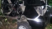 Kecelakaan Mobil di Perlintasan KA Pondok Ranji, 2 Orang Tewas