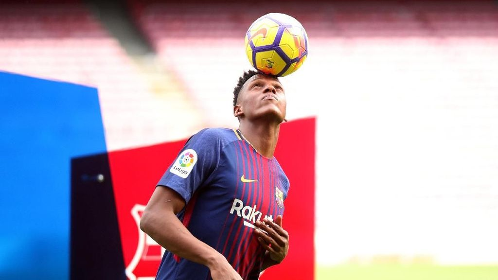 Yerry Mina Mau Ajak Messi Berdansa