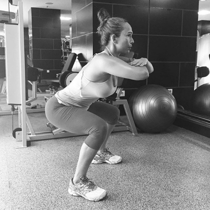 Jarang tampil di layar kaca, Kiki Fatmala lebih banyak menghabiskan waktu untuk berolahraga. (Foto: Instagram @qq_fatmala)