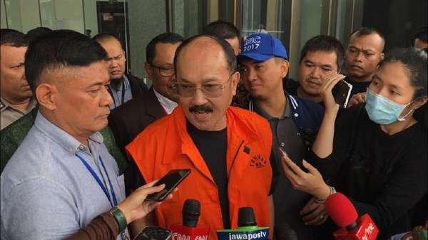 KPK Tahan Fredrich Yunadi, Pengacara: Cara-caranya Kurang Pas